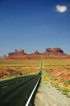 Monument Valley - Arizona - USA (von soyignatius) by cristina Beautiful Roads, Beautiful Landscapes, Beautiful Places, Amazing Places, Grand Canyon, Arizona Usa, Arizona Travel, Route 66 Arizona, Road Trip Usa