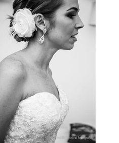 Noiva Shérida.  ♥Conheça a Loja Virtual : www.bypaoladaniele.elo7.com.br