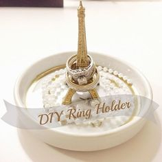 So many cute ring holders!
