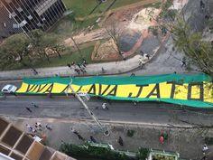 IMG-20160714-WA0011 https://cesarweis.com/2016/07/14/protesto-a-favor-da-lava-jato-e-a-tocha-da-justica-marcam-a-passagem-do-fogo-olimpico-em-curitiba/