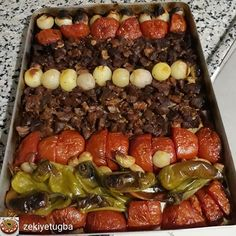 Ek Zekiye Arslan - akşamGood evening friends😀Easy and practical, which is one of the local delicacies of our K. Meat Recipes, Dinner Recipes, Food Test, Home Food, Sushi, Sausage, Food And Drink, Beef, Meals
