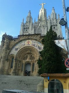 Breathtaking! Beautiful and peaceful at top of Tibidabo. Amazing views over Barcelona