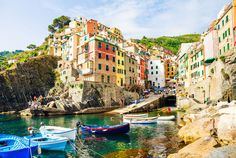 Riomaggiore, Cinque Terre | 28 Towns In Italy You Won't Believe Are Real Places @nickdoss2013