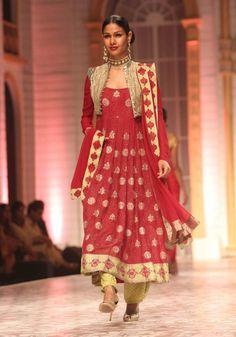 Meera Muzaffar Ali - India Bridal Week 2013