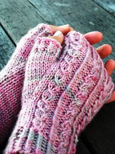 Hemlock Mitts are pretty fingerless mitts with a textured cable panel on the top of the hand and a thumb gusset for a comfortable fit. These are a fun and interesting knit, the cable patterning is actually achieved with twisted and slipped stitches - no c Fingerless Gloves Knitted, Crochet Gloves, Knit Mittens, Knit Or Crochet, Knitting Socks, Knitted Hats, Love Knitting, Hand Knitting, Knitting Patterns
