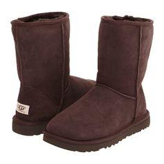 UGG Classic Short (Chocolate) Womens Pull-on Boots Popular Handbags, Cheap Handbags, Ugg Shoes, Shoe Boots, Ugg Classic Short Boot, Brown Uggs, Cheap Snow Boots, Short Uggs, Winter