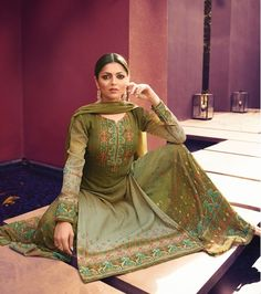 Drashti Dhami, Eid Outfits, Eid Special, Sharara Suit, Palazzo Suit, Eid Collection, Green Tops, Green Colors, Party Wear