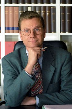 The 32-year-old lawyer Guido Westerwelle at his office in Bonn on 21.11.1994. He will be the new Secretary General of the FDP.