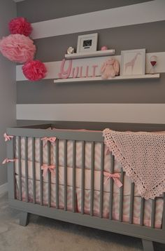 Love the grey crib