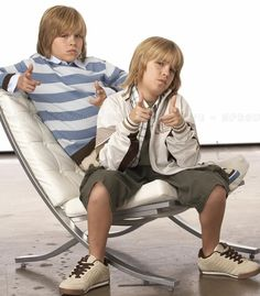 Dylan Sprouse, Sprouse Bros, Cole Sprouse Hot, Cole Sprouse Jughead, Zack E Cold, Descendants Mitchell Hope, Suit Life On Deck, Cody Martin, Baby Cast