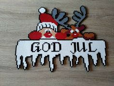 God Jul Perle Beads (by Susanne Leirånes) - central oregon Hama Beads Design, Hama Beads Patterns, Beading Patterns, Christmas Perler Beads, Diy And Crafts, Crafts For Kids, Christmas Crafts, Christmas Decorations, Perler Bead Art