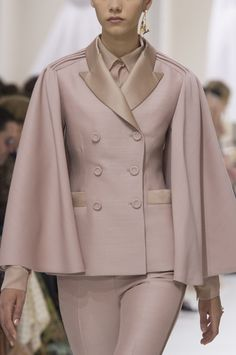 Christian Dior at Couture Fall 2018 (Details)