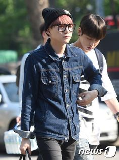 [Press Pic] BTS on their way to Music Bank, 150522