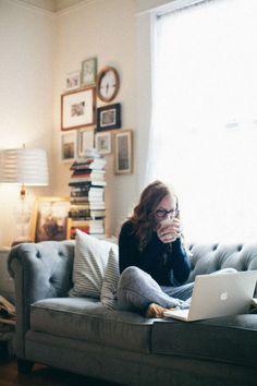 Cocooning, computer & tea