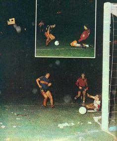 Inolvidable gol a River en la Bombonera, su primer clásico 1981.