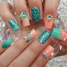 Teal And Coral Nails nails nail art summer nails nail ideas nail designs teal nails nail pictures coral nails summer nail art Fancy Nails, Cute Nails, Pretty Nails, Fabulous Nails, Gorgeous Nails, Hair And Nails, My Nails, Glitter Nails, Blue Glitter