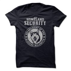 Alaskan Malamute T Shirts, Hoodies, Sweatshirts - #hoody #funny shirt. SIMILAR ITEMS => https://www.sunfrog.com/Pets/Alaskan-Malamute-31508359-Guys.html?60505