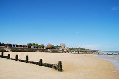 Frinton on Sea, England Travel English, Days Out, Lodges, Seaside, Countryside, Dolores Park, England, Memories, Landscape