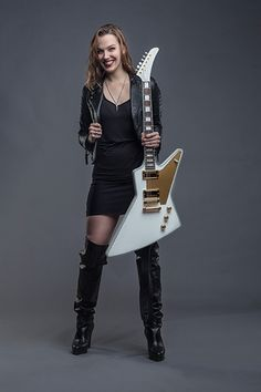 Gibson Lzzy Hale Explorer. She's my favorite girl EVER!