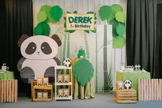 Derek's Panda Themed Party – Birthday - Party Doll Manila Panda Themed Party, Panda Birthday Party, Panda Party, Bear Party, Bear Birthday, Animal Birthday, 1st Birthday Parties, Panda Baby Showers, Chinese Crafts