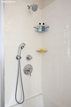 Murray Hill Bathroom Features Shower Faucets From Grohe