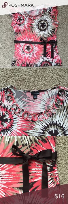 Fun Blouse Excellent, used condition that doesn't show any wear. Only worn a small handful of times. East 5th Tops Blouses