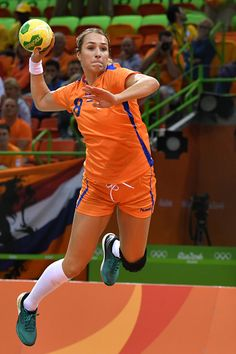 #RIO2016 Netherlands' left back Lois Abbingh jumps to shoot during the women's preliminaries Group A handball match Netherlands vs South Korea for the Rio...