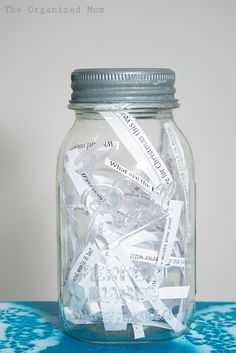 Family Dinner Discussion Questions Jar... Love this idea since my husband and I are now both full-time students and he works 2 jobs, this will help us to make sure we not miss a beat!  :)