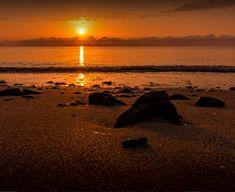 Superbe coucher de soleil sur la plage de Moriani en haute Corse au camping 4 étoiles Merendella