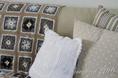 Grannie Blanket3  pillow color combo and crochet blanket