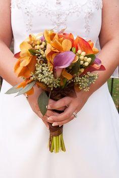 vestido de novia color crema y naranja - Google Search