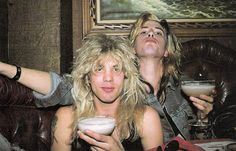 Duff Mckagan and Steven Adler guns n roses Guns N Roses, Steven Adler, Rock And Roll Fantasy, Velvet Revolver, Eric Bana, Duff Mckagan, Heavy Rock, Heavy Metal, Greatest Rock Bands