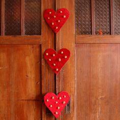 Serca w kropki - dekoracja walentynkowa lub prezent. by dać komuś serce...  Valentine's Day decor or a gift.  by Gałecka Dekoracje