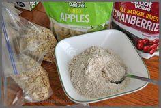 Ahorrar dinero y comer más saludable al hacer sus propios paquetes de harina de avena instantánea caseros.  Receta básica y las variaciones en las chispas de sol.