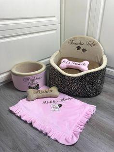 Dog Suit, Dog Car Seats, Dog Carrier, Pink Dog, Pet Names, Dog Harness, Dog Design, Dog Bed, Beige