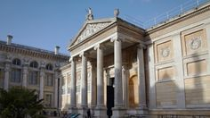 http://www.loweoliver.co.uk/Case-Study/68/Ashmolean-Museum.html  Lowe and Oliver are proud to have carried out the complete electrical services installation at the Ashmolean Museum.  Cumnor Road, Wootton, Boars Hill, Oxford OX1 5JW
