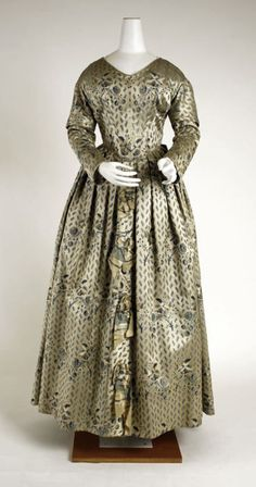 Dress ca. 1840 via The Costume Institute of The Metropolitan Museum of Art