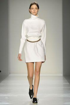 Victoria Beckham RTW Fall 2014 - Slideshow - Runway, Fashion Week, Fashion Shows, Reviews and Fashion Images - WWD.com