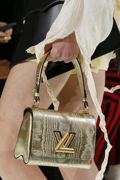 332424c996 Women s Handbags   Bags   Louis Vuitton Spring 2018 Ready-to-wear Fashion  Details - Fashion Inspire