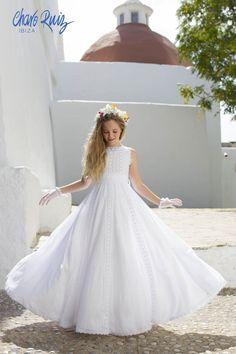 Shop powered by PrestaShop Girls First Communion Dresses, Holy Communion Dresses, Little Girl Dresses, Girls Dresses, Flower Girl Dresses, Moda Formal, Maid Dress, Blue Wedding Dresses, Tulle Dress