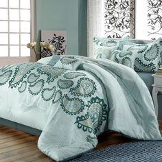Not crazy about paisley but I love the color