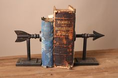 Hey, I found this really awesome Etsy listing at https://www.etsy.com/listing/265982452/metal-arrow-bookends