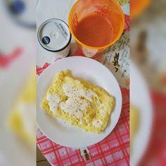 #alimentacaosaudavel #melhoraos50 #soumaedetres #soumaemecuido  e o pos de hoje foi Panini  com requeijão orgânico e tempero de mix de pimentas #wheyprotein #bcaa  #lowcarb #paleopancakes #paleofastfood #drsoutoteam #divaspaleo #semmedodabalanca #corpoblindado #instafitness #instafollowers #instagood by claudia.alessandrini