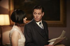 Miss Phryne Fisher (Essie Davis) and Detective Inspector Jack Robinson (Nathan Page) in 'Dead Man's Chest' (Series 2, Episode 3)