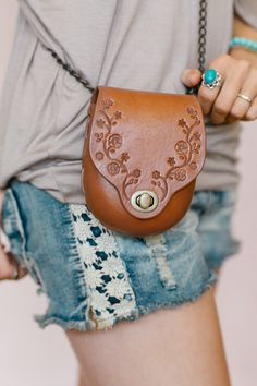 Bohemian Leather Cross Body, Brass Clasp Tote Bag, Hand Stamped Purse, Daisy Chain Leather Hand Bag in Brown (BL1113BRN)