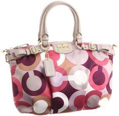 a1f0b0db627 Love  Coach Bags Coach Handbags, Coach Bags, Fashion Looks, Fashion Beauty,