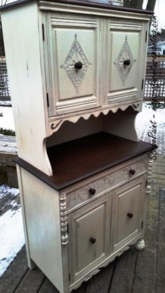 Lovely Painted Hutch - Old White ASCP Distressed and Java Gel Stain www.niagarafurniturepainting.com
