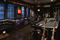 Ultra cool recording studio. Perfect for electronic artists and bands, and great for an evening/night-time session!