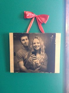 Transferred photo on to a piece of wood using gloss gel medium and some antique mod podge! Tied it up with some ring hooks and added some ribbon and now I have a beautiful rustic looking photo! Gel Medium, Handicraft, Wood Crafts, Hooks, Ribbon, Rustic, Ring, Antiques, Frame
