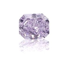 Global Diamond Group purple diamond I did not know this even existed.... This would be the Perfect diamond for me since I LOVE purple! One can only dream!